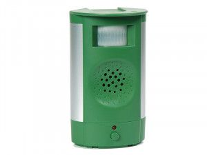 STV Pest-Free Living Defenders Mega-Sonic Cat Repeller
