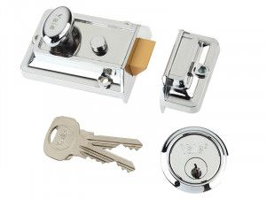 Yale Locks, 77 Traditional Nightlatch