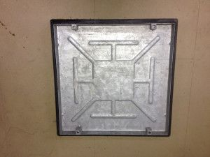Recessed Manhole Cover - Single Seal - Plastic Frame - 600 x 600mm