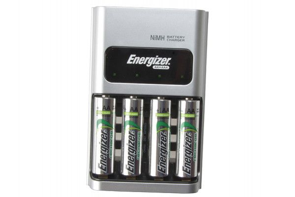 Energizer 1 Hour Charger + 4 x AA 2300 mAh Batteries