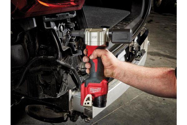 Milwaukee M12 BPRT-201X Pop Rivet Tool Kit 12V 1 x 2.0Ah Li-Ion