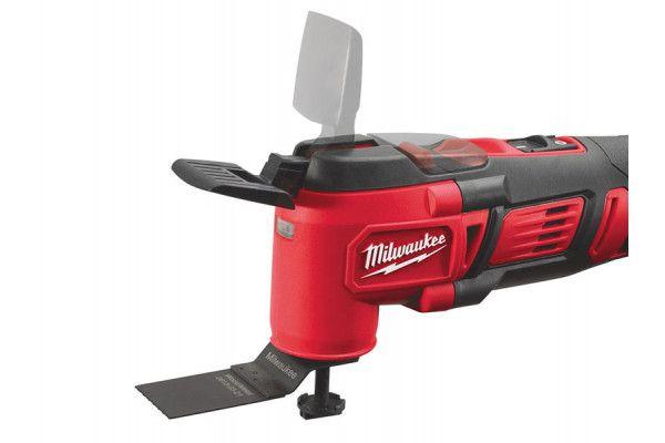 Milwaukee M18 BMT-421C Multi-Tool 18V 1 x 4.0Ah, 1 x 2.0Ah Li-Ion Batteries