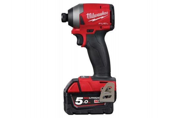 Milwaukee M18 FID2-502X FUEL™ 1/4in Hex Impact Driver Kit