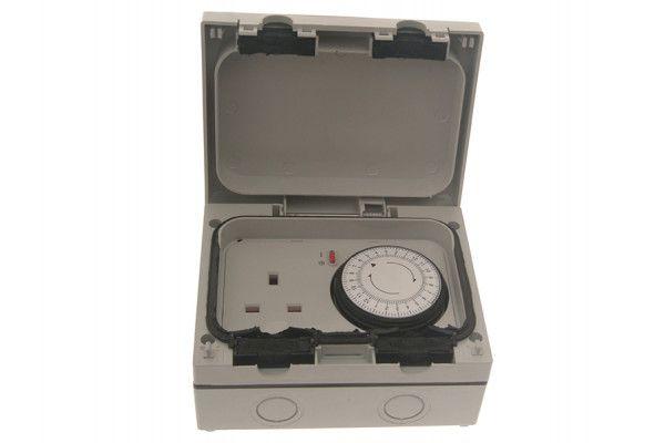 SMJ IP66 13A Socket with 24hr Timer 1 Gang