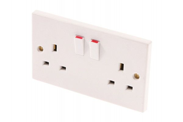 SMJ Switched Socket 2 Gang 13A Clam Pack